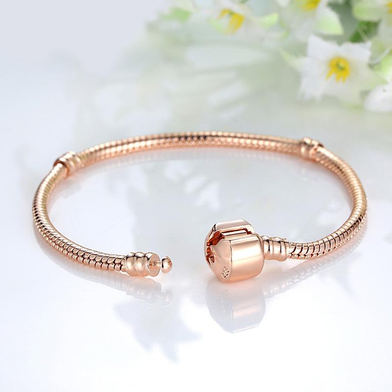 529a79963 Zlatý náramok Pandora style | TrendyVeci