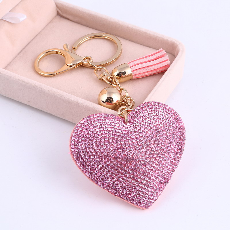 0c73a5565 Trendový prívesok na kľúče Srdce - ružový | TrendyVeci