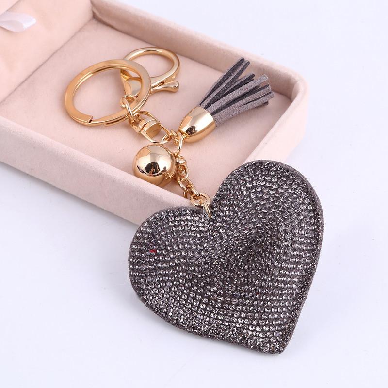 ec4f24d91 Trendový prívesok na kľúče Srdce - sivý | TrendyVeci