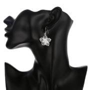 Elegantné strieborné náušnice v tvare veľkých kvetov-1