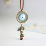Trendový vintage náhrdelník s veľkým kruhom a ozdobami