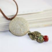 Trendový vintage náhrdelník s veľkým kruhom a ozdobami-2